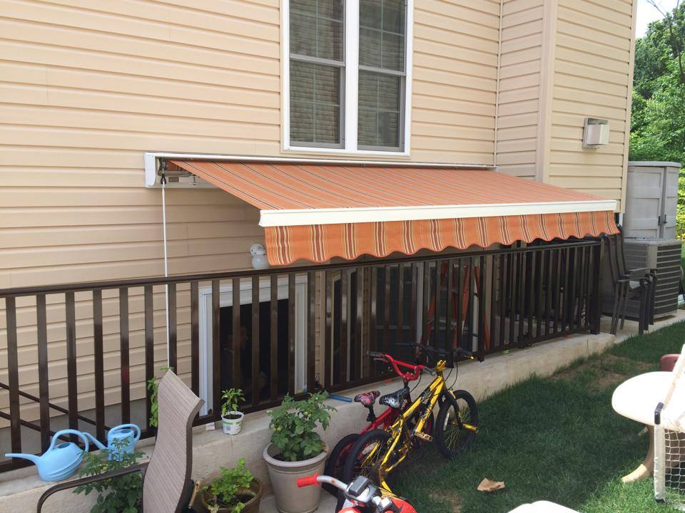 Retractable Awning Systems - The Awning Warehouse - NY ...