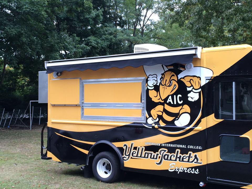 retractable awnings on food trucks the awning warehouse