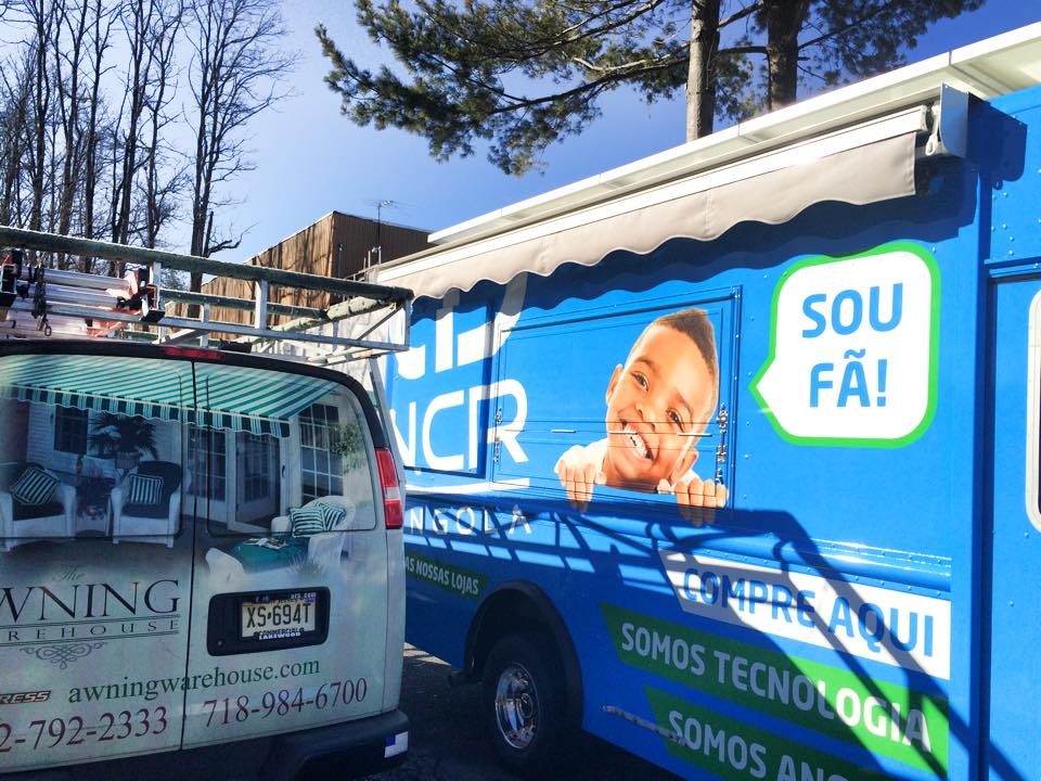 Retractable Awnings on Food Trucks - The Awning Warehouse ...