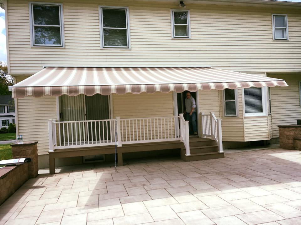 Piscataway New Jersey Retractable Awnings