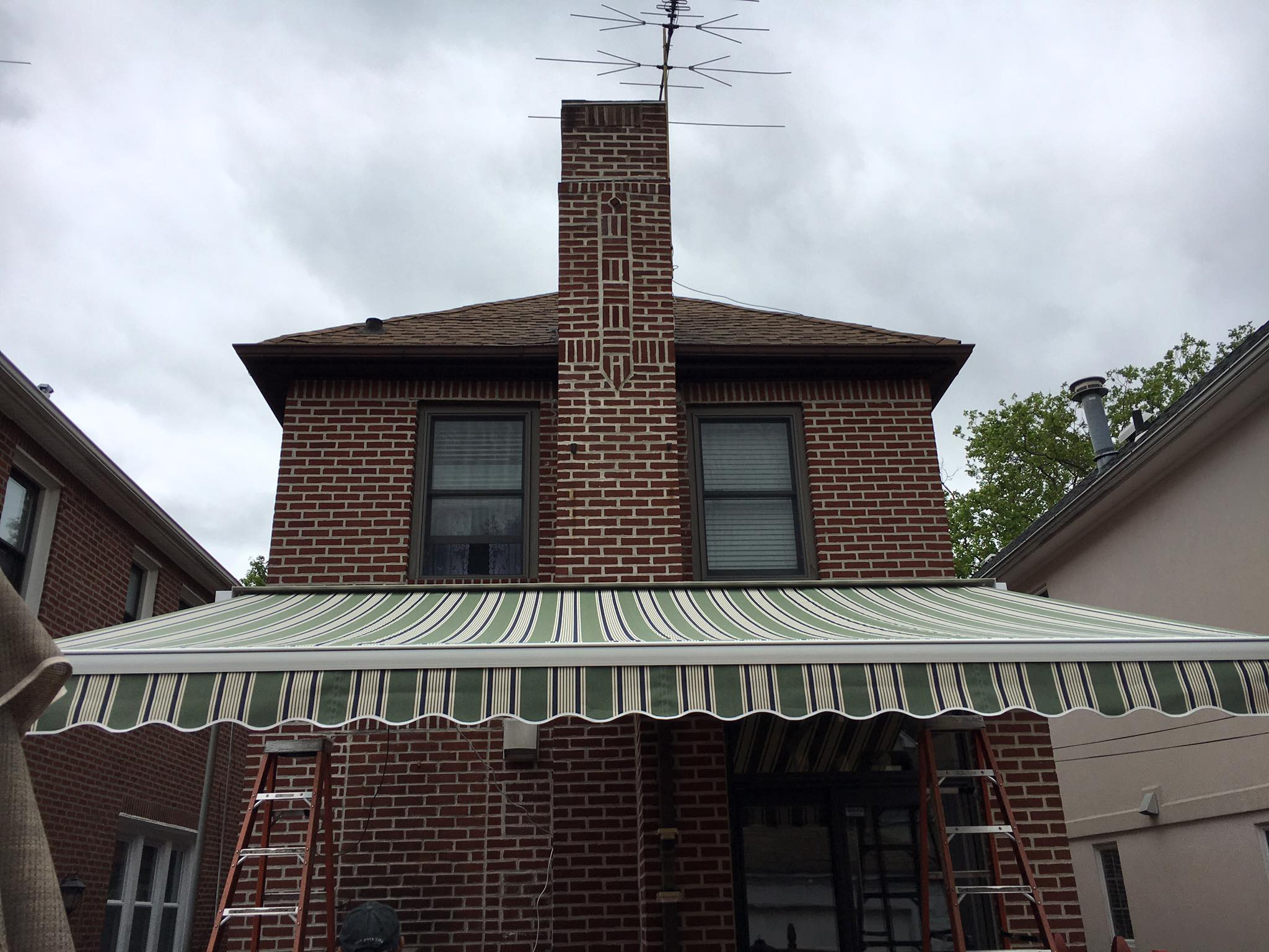 Brick New Jersey Retractable Awnings The Awning Warehouse Ny Awnings Nj Awnings