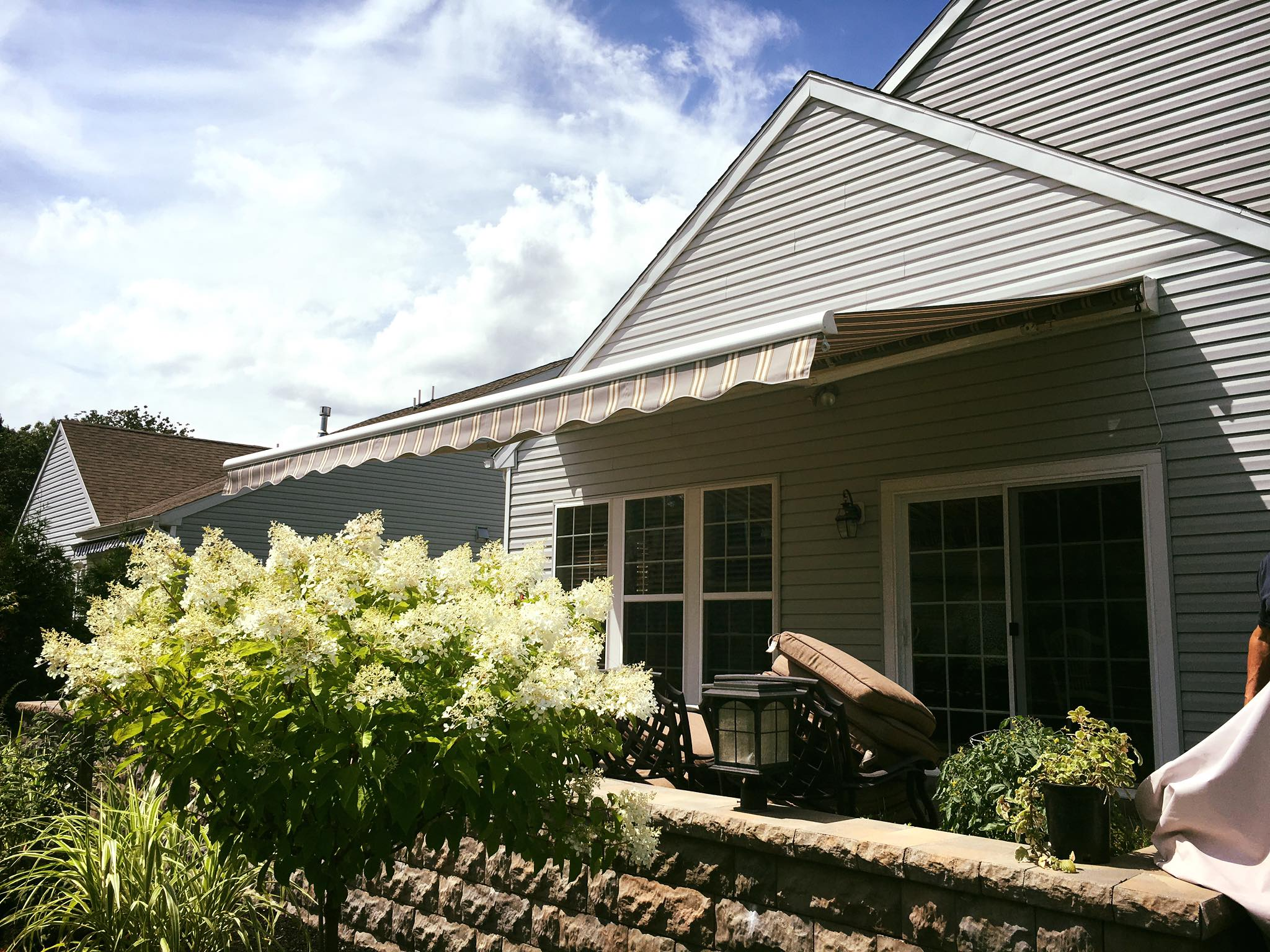 Long Branch New Jersey Retractable Awnings The Awning Warehouse Ny Awnings Nj Awnings