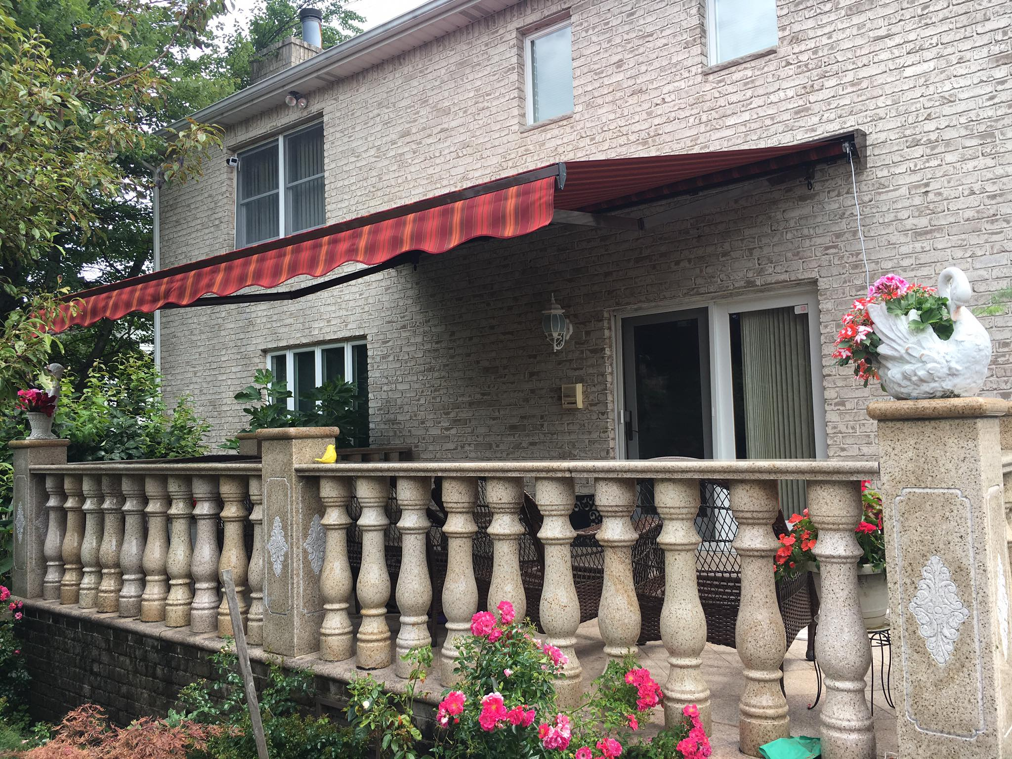 Marlboro New Jersey Retractable Awnings