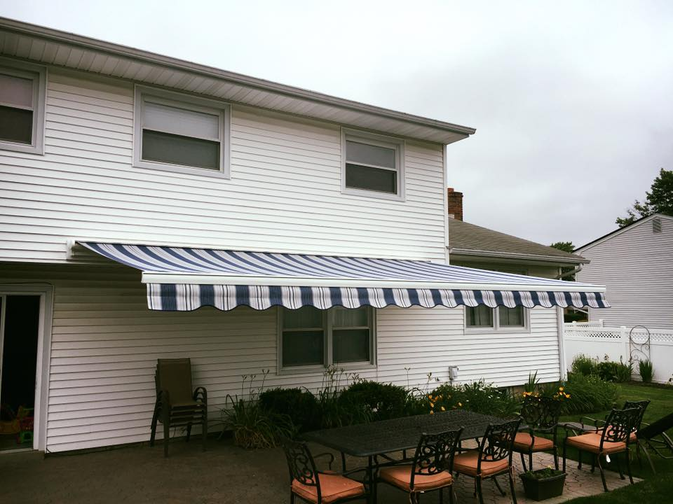 Cassette Awnings Are The Most Popular Awning Of 2017 The Awning Warehouse Ny Awnings Nj Awnings